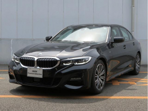 BMW 3シリーズ 320i Mスポーツ LEDヘッドライト 18AW PDC コンフォートアクセス 純正ナビ iDriveナビ リアビューカメラ 純正ETC アクティブ クルーズ コントロール ストップ ゴー レーンチェンジ 認定中古車