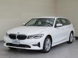 BMW 3シリーズ 320d xDriveツーリングハイラインパッケージ プラスPKG LEDヘッドライト 17AW オートトランク コンフォートアクセス レザーシート ブラックレザー 純正ナビ トップ リアビューカメラ 純正ETC Aクルコン レーンチェンジ 認定中古車