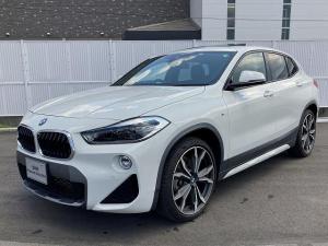 BMW X2 xDrive 20i MスポーツX MS LEDヘッドライト 20AW サンルーフ パノラマガラスSR PDC オートトランク コンフォートアクセス ブラックレザー 純正ナビ iDriveナビ リアビューカメラ Aクルコン 認定中古車