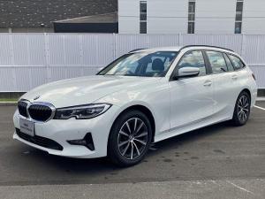 BMW 3シリーズ 318iツーリング コンフォートPKG プラスPKG LEDヘッドライト 17AW PDC オートトランク コンフォートアクセス 純正ナビ トップ リアビューカメラ 純正ETC Aクルコン レーンチェンジ 認定中古車