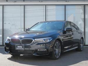 BMW 5シリーズ 523d Mスポーツ デビューPKG アイボリーホワイトレザー LEDライト 19AW ソフトクローズドア マルチメーター アクティブクルーズ ジェスチャーコントロール ヘッドアップディスプレイ 認定中古車