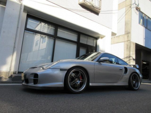 ポルシェ 911 911ターボ GT2エアロ 禁煙車 屋内保管