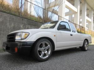 米国トヨタ タコマ エクストラキャブ ローダウン 全塗装済 禁煙車