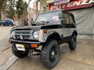 スズキ ジムニー  パノラミックルーフ 公認リフトアップ 4WD 5速マニュアル ターボ 社外マフラー 社外ステアリング 社外バンパー フォグランプ IPFランプ
