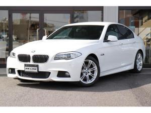 BMW 5シリーズ 523dブルーパフォーマンスMスポーツパッケージ ディーラー車 記録簿 アルカンターラコンビシート パワーシート コンフォートアクセス クルーズコントロール バックカメラ&PCD i-Drive アイドリングストップ レインセンサー パドルシフト