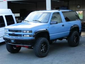 シボレータホ  スポーツ4WD 3ドア 後期モデル 6インチリフトアップ オールニューパーツフルカスタム 実走行証明書付