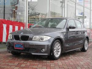 BMW 1シリーズ 116i スマートキー/プッシュスタート/マニュアルモード付オートマ/シートリフター/チルトステアリング/フルオートエアコン/カップホルダー/純正バイキセノンヘッドライト/純正16インチアルミホイル/禁煙車