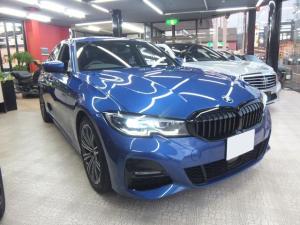 BMW 3シリーズ 320i Mスポーツ ポルティマオブルー コンフォートPKG 前後ドラレコ LEDライト前後センサー バックカメラ アクティブクルーズ 純正HDDナビ 電動トランク シートヒーター