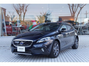 ボルボ ボルボ V40 CROSSCOUNTRY D4 SE