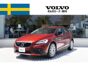 ボルボ ボルボ V40 CROSSCOUNTRY D4 Summum