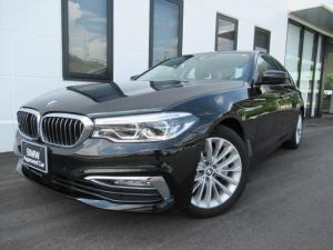BMW 5シリーズ 530iラグジュアリーソリッドブラック18AW認定中古車