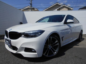 BMW 3シリーズ 320iグランツーリスモ Mスポーツ 19AW黒革衝突軽減ACCPDCETC 1年AC1オナ禁煙認定車