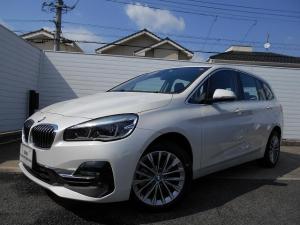 BMW 2シリーズ 218dグランツアラー ラグジュアリー 17AW黒革コンフォートPKGセーフティPKGヘッドUPディスプレイACC禁煙認定中古車