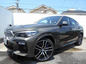 BMW X6 xDrive 35d Mスポーツ 22AWコンフォートPKGプラスPKG黒革ベンチレーションパノラマサンルーフハーマンカードンHi-Fi温冷カップホルダーデモカー認定中古車