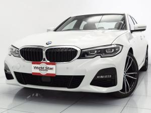 BMW 3シリーズ 320d xDrive Mスポーツ デビューPKG コンフォートPKG パーキングアシストプラス LEDヘッドライト MエアロダイナミクスPKG 19インチMライトアロイダブルスポーク ドライビングアシストプロフェッショナル 禁煙車