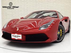 フェラーリ 488スパイダー ベースグレード F1 OP951 カーボンドライビングゾーン LED付ステアリング カーボンフロントスポイラー カーボンリアディフューザー ダイヤモンドスタイルシート カーボンリアエアダクト 禁煙車