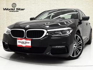 BMW 5シリーズ 523i Mスポーツ セレクトPKG MエアロダイナミクスPKG 電動ガラスSR 19インチMライトアロイダブルスポークAW アダプティブLEDヘッドライト トップ3Dビューサイドビューリアビューカメラ ACC ヘッドアップディスプレイ