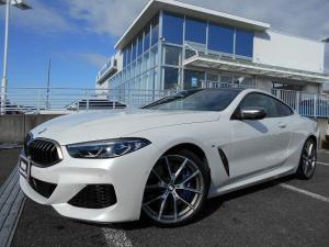 BMW 8シリーズ M850i xDriveクーペ ブラウンレザーシート シートヒーター ベンチレーションシート レーザーヘッドライト ヘッドアップディスプレイ 21インチAW アクティブクルーズコントロール 左ハンドル ワンオーナー禁煙車 1年保証