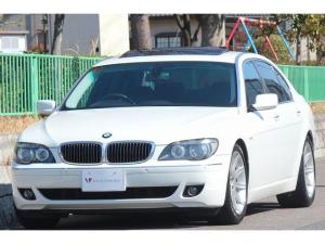 BMW 7シリーズ 750Li E66 ロングボディー・コンフォート&シアターパッケージ・リア席モニター・DVDビデオ・コンフォートアクセス・サンルーフ・黒革・Bカメラ・オートトランク・19インチAW・エアシート・ソフトクローズドア
