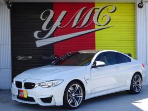 BMW M4 M4クーペ 6速MT・左ハンドル・純正オプション19インチアルミホイール・ヘッドアップディスプレイ・インテリジェントセーフティ・革シート・カーボンインテリア・Mパフォーマンスブルーキャリパー