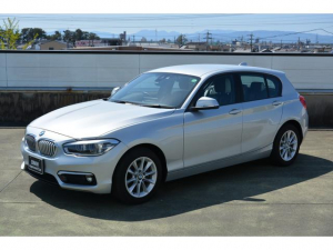 BMW 1シリーズ 118d スタイル ワンオーナー パーキングサポートパッケージ コンフォートパッケージ LEDヘッドライト