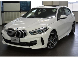 BMW 1シリーズ 118i Mスポーツ 弊社元レンタカー ビジョンパッケージ ナビパッケージ コンフォートパッケージ パノラマサンルーフ HIFIスピーカー
