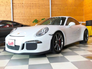 ポルシェ 911 911GT3 スポーツエグゾーストシステム スポーツクロノパッケージ チタン20インチGT3アルミ PASM ホワイトメーター アルカンタラレザーシート クリアテールレンズ 専用バンパー 固定式リヤスポイラー
