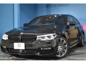 BMW 5シリーズ 523d Mスポーツ ハイラインパッケージ デビューパッケージ HUD ジェスチャーコントロール ソフトクローズドア 追従ACC 車線変更警告 全席シートヒーター黒革 タッチパネルiドライブ 19AW ウッドインテリア パドルシフト 2年保証