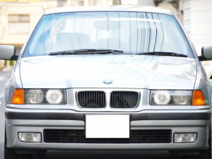 BMW 3シリーズ 320i 1オーナー 1.8万キロ 全D記録簿 ナビ ETC