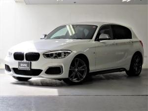 BMW 1シリーズ M140i ブラックキドニーグリル