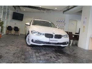 BMW 3シリーズ 320dツーリングラグジュアリー1オナACC黒革Pシ-ト