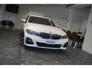 BMW 3シリーズ 330i Mスポーツ 1オーナー コンフォートパッケージ イノベーションパッケージ ファストトラックパッケージ 360度カメラ 純正HDDナビ