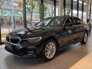 BMW 3シリーズ 320d xDrive ハイラインパッケージ イノベーションパッケージ コンフォートパッケージ 電動ガラスサンルーフ フロントシートランバーサポート パーキングアシストプラス レーザーライト ヘッドアップディスプレイ ジェスチャーコントロール