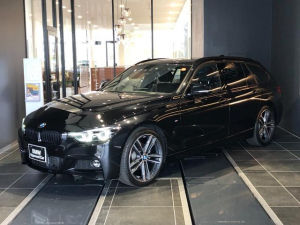 BMW 3シリーズ 320dツーリング Mスポーツ エディションシャドー 19インチアルミホイール LEDヘッドライト コンフォートアクセス 電動リアゲート SOSコール ミラーETC インテリジェントセーフティー Bluetooth 黒革パワーシート シートヒーター