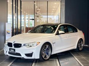 BMW M3 M3 シルバーストーンレザーシート 19インチアルミ LED リア電動サンシェード クルーズコントロール 前後センサー レーダー シートヒーター インテリジェントセーフティ 弊社下取り1オーナー車