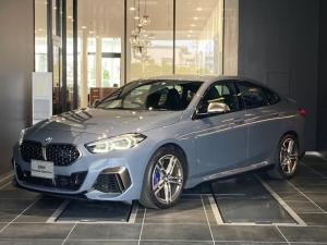 BMW 2シリーズ M235i xDriveグランクーペ 弊社デモンストレーションカー 黒革電動シート iDrive HDDナビ ACC ワイヤレス充電 Bluetooth Mスポーツブレーキ シートヒーター パーキングアシスト アンビエントライト