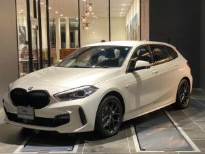 BMW 1シリーズ 118d Mスポーツ エディションジョイ+ 弊社デモカー パーキングアシスト 後退アシスト インテリジェントセーフティー ワイヤレス充電 前後センサー オートトランク インテリジェントセーフティー ACC コンフォートアクセス ブレーキホールド