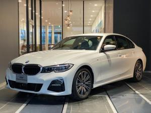 BMW 3シリーズ 320d xDrive Mスポーツ 全方位カメラ 全方位センサー オートトランク インテリジェントセーフティー コンフォートアクセス パーキングアシスト リバースアシスト ワイヤレス充電 マルチファンクションステアリング ACC