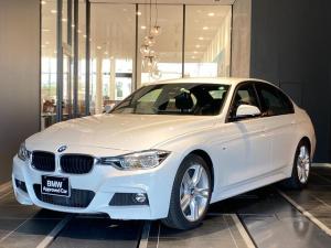 BMW 3シリーズ 320i Mスポーツ 弊社下取り 禁煙車 インテリジェントセーフティー マルチファンクションステアリング ACC パドルシフト CD/DVD アルカンターラ電動シート コンフォートアクセス 後方センサー バックカメラ
