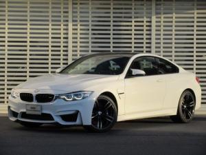 BMW M4 M4クーペ 黒革 シートヒーター ヘッドアップディスプレイ ハーマンカードンスピーカー タッチパネルナビ 19インチアルミ LEDヘッドライト ドライビングアシスト Bluetooth