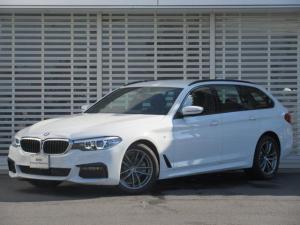 BMW 5シリーズ 523dツーリング Mスピリット キセノンヘッドライト レーンチェンジウォーニング ドライビングアシスト アクティブクルーズコントロール HDDナビゲーション リアビューカメラ ヘッドアップD 禁煙車
