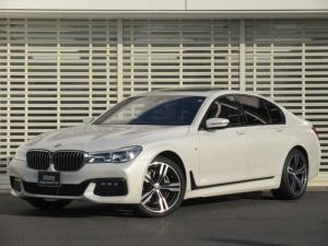 BMW 7シリーズ 740d xDrive Mスポーツ レーザーライト 20インチアルミ ヘッドアップディスプレイ マルチ液晶メーター レーンチェンジウォーニング タッチパネルナビ 茶革 前席クーラーヒーター後席ヒーター ガラスサンルーフ 禁煙車