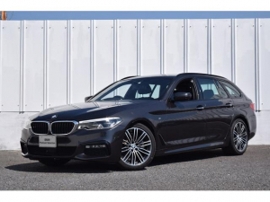 BMW 5シリーズ 523iツーリング Mスポーツ Dアシスト トップビューカメラ ナビ Bluetooth接続 地デジ 19AW パドルシフト ドライビングA アクティブクルーズC レーンチェンジW 前後障害物センサー SOSコール ミラー内蔵ETC