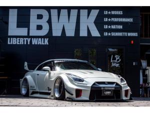 日産 GT-R プレミアムエディション LB-Silhouette WORKS GTComplete