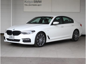 BMW 5シリーズ 523d Mスポーツ ナビ トップビューカメラ ソフトクローズドア 革シート シートヒーター ヘッドアップディスプレイ ドラレコ