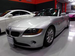 BMW Z4 2.2i 手動トップ ディーラー整備車両