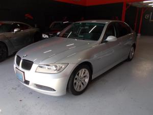 BMW 3シリーズ 320i ハイライン