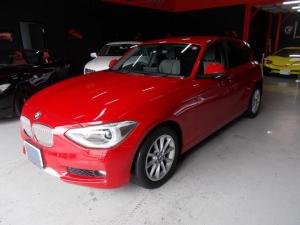 BMW 1シリーズ 116i スタイル キセノンヘッドライト ハーフレザー 純正HDDナビ 地デジBカメラ ブルートゥース USB AUX プッシュスタート スマートキー アイドリングストップ ディーラー整備車両 整備記録簿