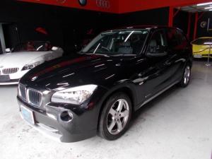 BMW X1 sDrive 18i ディーラー整備車両 Sドライブ キセノンヘッドライト 17インチ YOKOHAMA8分山 プッシュスタート HDDナビ CD録音 DVD再生 ブルートゥース 黒革シート 電動シート シートヒーター