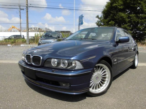 BMWアルピナ B10 V8リムジン